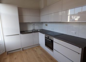 Thumbnail 1 bed flat to rent in High Street, High Wycombe
