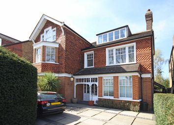 Thumbnail 3 bed flat to rent in Elm Grove Road, London