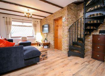 Thumbnail 3 bedroom detached bungalow for sale in Oxford Avenue, Burnham, Slough
