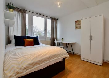 Thumbnail Room to rent in Fontley Way, London