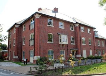 Thumbnail 2 bed flat to rent in Robins Court, Alresford, Hampshire