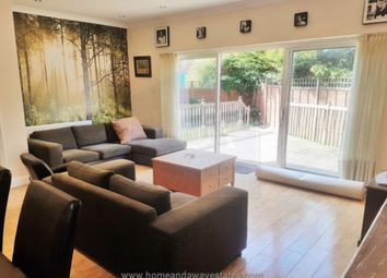 Thumbnail 3 bed flat to rent in Torrington Park, North Finchley