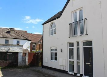 Thumbnail 2 bed town house for sale in Mansfield Road, Parkstone, Poole
