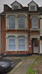 Thumbnail Studio to rent in Eastern Road, Romford Essex
