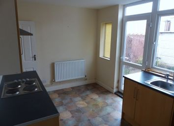 Thumbnail 2 bed property to rent in Roseveare Avenue, Grimsby