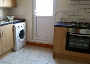 Thumbnail 2 bed flat to rent in City Road, Roath, Cardiff