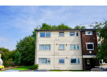 Thumbnail 3 bed flat for sale in Yeomans Ride, Hemel Hempstead
