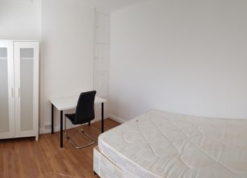 Room to rent in Woodlands, Golders Green, London NW11