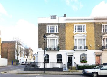 Thumbnail 2 bed flat to rent in Thornhill Square, Barnsbury
