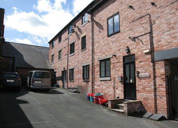 Thumbnail Flat to rent in Welshpool, Powys