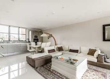 Thumbnail 2 bed flat to rent in Waterside Point, Battersea Park, London SW114Pd