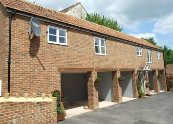 Thumbnail 2 bedroom detached house for sale in High Street, Ilminster
