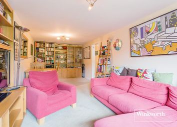 Thumbnail 2 bedroom flat for sale in Chandos Way, Golders Green, London