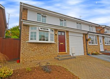 Thumbnail 3 bedroom property for sale in Rib Vale, Hertford
