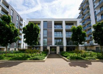 Thumbnail 3 bed flat to rent in Clayponds Lane, Brentford
