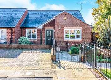 2 bed bungalow for sale in Aubrey Senior Way, Kimberworth, Rotherham, South Yorkshire S61