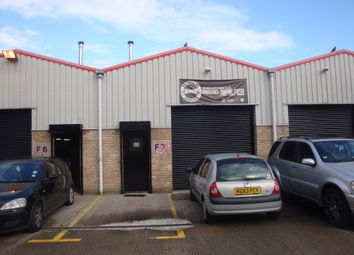 Thumbnail Warehouse to let in Phoenix Business Centre, Rosslyn Crescent, Harrow