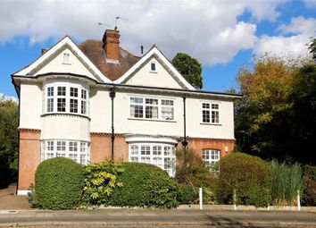 Thumbnail 3 bed flat for sale in Calonne Road, Wimbledon