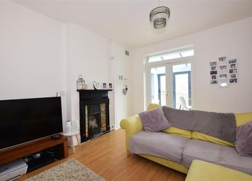 Thumbnail 3 bed town house for sale in Cavendish Road, Rochester, Kent