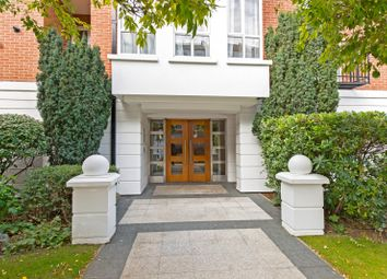 1 bed property to rent in Stone Hall Gardens, London W8