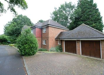 4 bed detached house to rent in Downs Close, Farnborough, Hampshire GU14