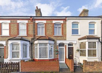 3 bed property for sale in Linden Road, Hampton TW12