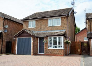 Thumbnail 3 bed detached house for sale in New Dawn Close, Farnborough