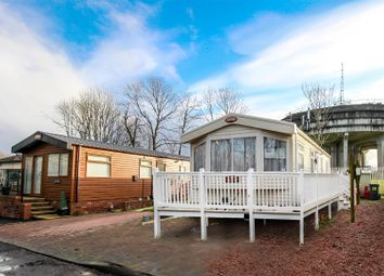 Thumbnail 2 bedroom mobile/park home for sale in Hilton Court, Hilton Road, Bishopbriggs, Glasgow