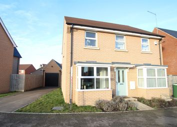 Thumbnail 4 bed detached house for sale in Little Ground, Aylesbury