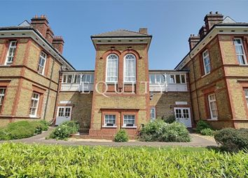 Thumbnail 2 bedroom flat for sale in Starling Lodge, Winchmore Hill