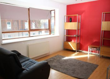 1 bed flat to rent in East Barnet Road, New Barnet, Barnet EN4