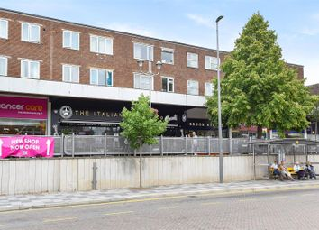 Thumbnail 2 bedroom flat for sale in Camden House, Marlowes, Hemel Hempstead