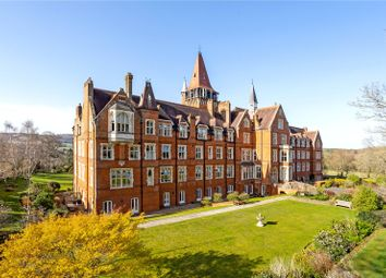 St Michaels, Wolfs Row, Limpsfield, Surrey RH8. 2 bed flat for sale