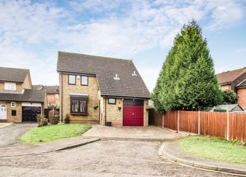 4 bed detached house for sale in Huckleberry Close, Luton LU3