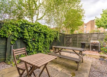 Thumbnail 3 bed property to rent in Lofting Road, Barnsbury