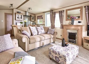 Thumbnail 2 bedroom mobile/park home for sale in Lynch Lane, Weymouth