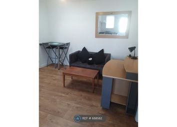 2 bed flat to rent in Burgess Road, Southampton SO16