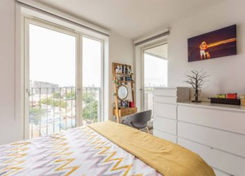 Katie Court, Canning Town, London E16. 2 bed flat