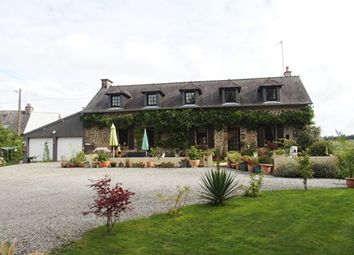 Thumbnail 4 bed country house for sale in Chantrigne, Mayenne, 53300, France