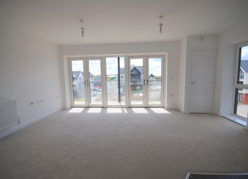 Thumbnail 2 bedroom flat to rent in Huxley Drive, Oxted