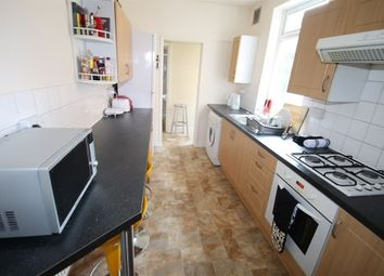 Thumbnail 5 bedroom property to rent in Beaconsfield Road, Leicester