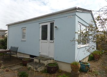 Thumbnail 2 bed mobile/park home for sale in Keswick Avenue, Upper Halliford Road, Shepperton