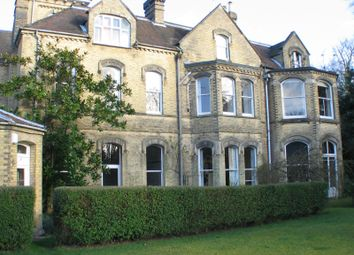 Thumbnail 2 bed flat to rent in Edenhurst, Oakhill Road, Sevenoaks