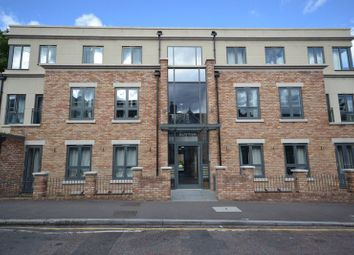 Thumbnail 2 bed flat to rent in Stainforth Road, London