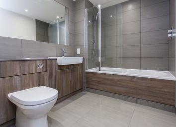 2 bed flat to rent in Beaufort Square, Colindale NW9
