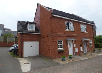 Thumbnail 3 bed property for sale in Gravelly Field, Singleton, Ashford