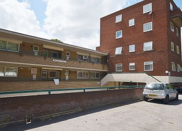 Thumbnail 2 bedroom flat for sale in Moulton Rise, Luton
