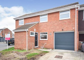 Thumbnail 3 bed detached house for sale in Saddle Rise, Springfield, Chelmsford