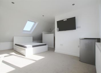 Thumbnail Property to rent in Tavistock Avenue, Perivale, Greenford