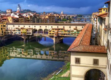 Thumbnail 2 bed apartment for sale in Ponte Vecchio Pied-A-Terre, Borgo San Jacopo, Florence, 50125